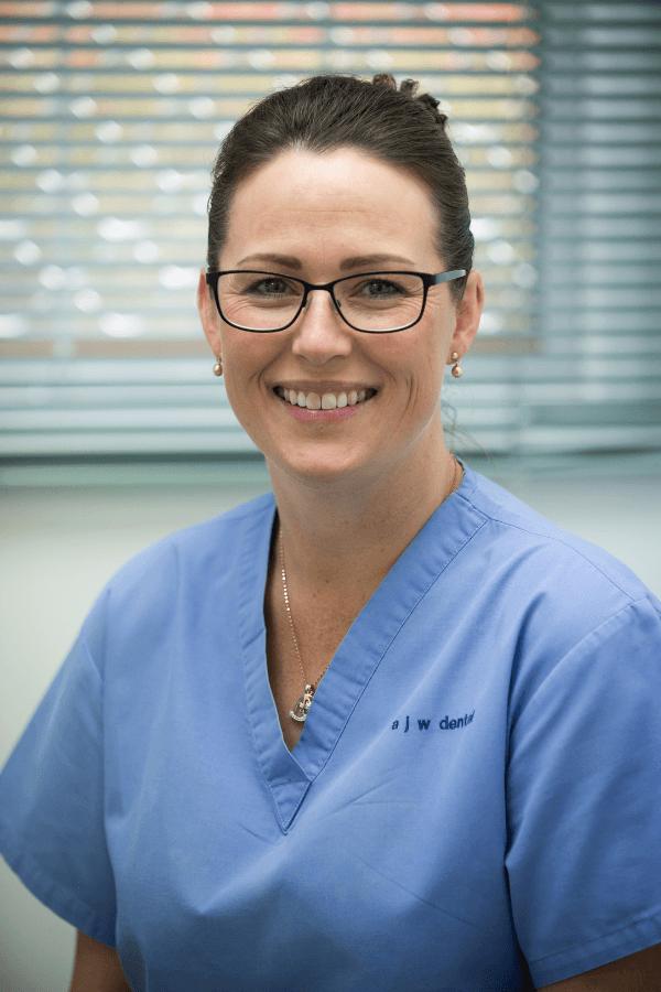 karinda bendall dental on main glenorchy dental